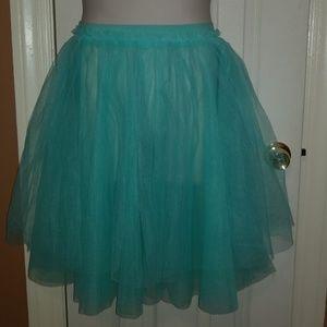 Dresses & Skirts - Tulle/TuTu Skirt
